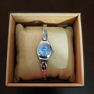 Blue and silver chainlink watch. One size.